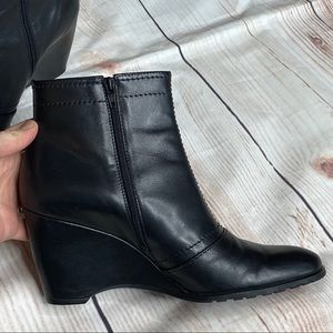 Frank Sarto Leather Ankle Booties